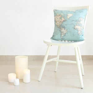 World map cushion cover 45x45
