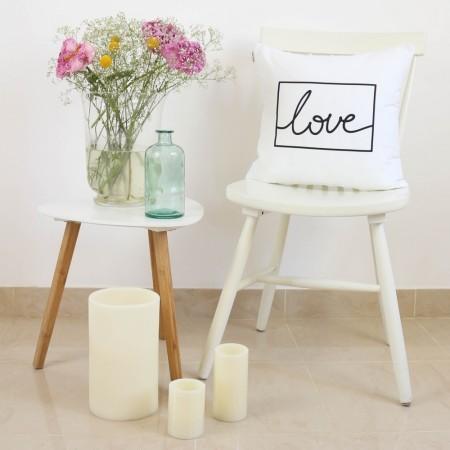 Funda cojín Love design blanco