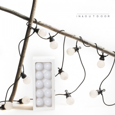 Guirnalda de bombillas blanca