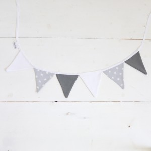 Little stars garland in grey