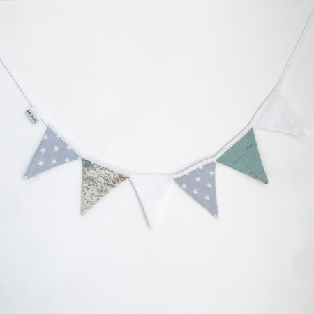 Escandi pennants garland in grey