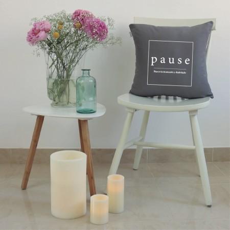 Grey Pause cushion