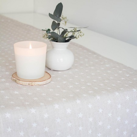 Runners Table Runner With White Stars In Sand Mantel Estrellitas Arena